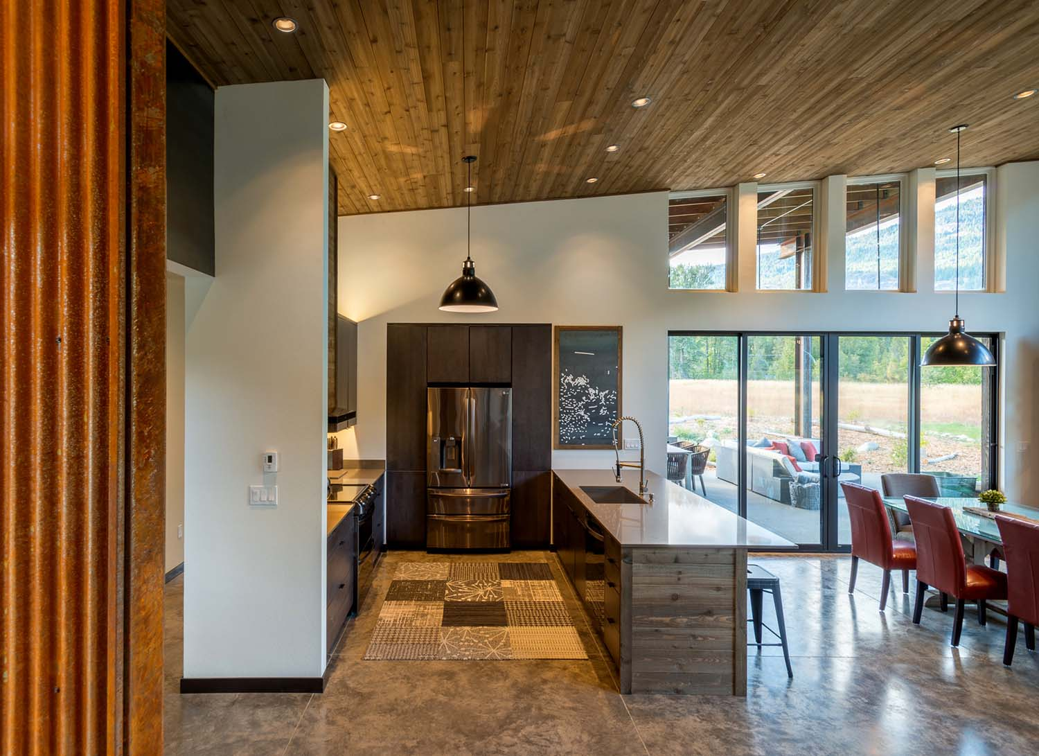 WEB13+-+Mazama+House+-+Designs+Northwest+Architects+-+Swift+Studio+-+2048px.jpg
