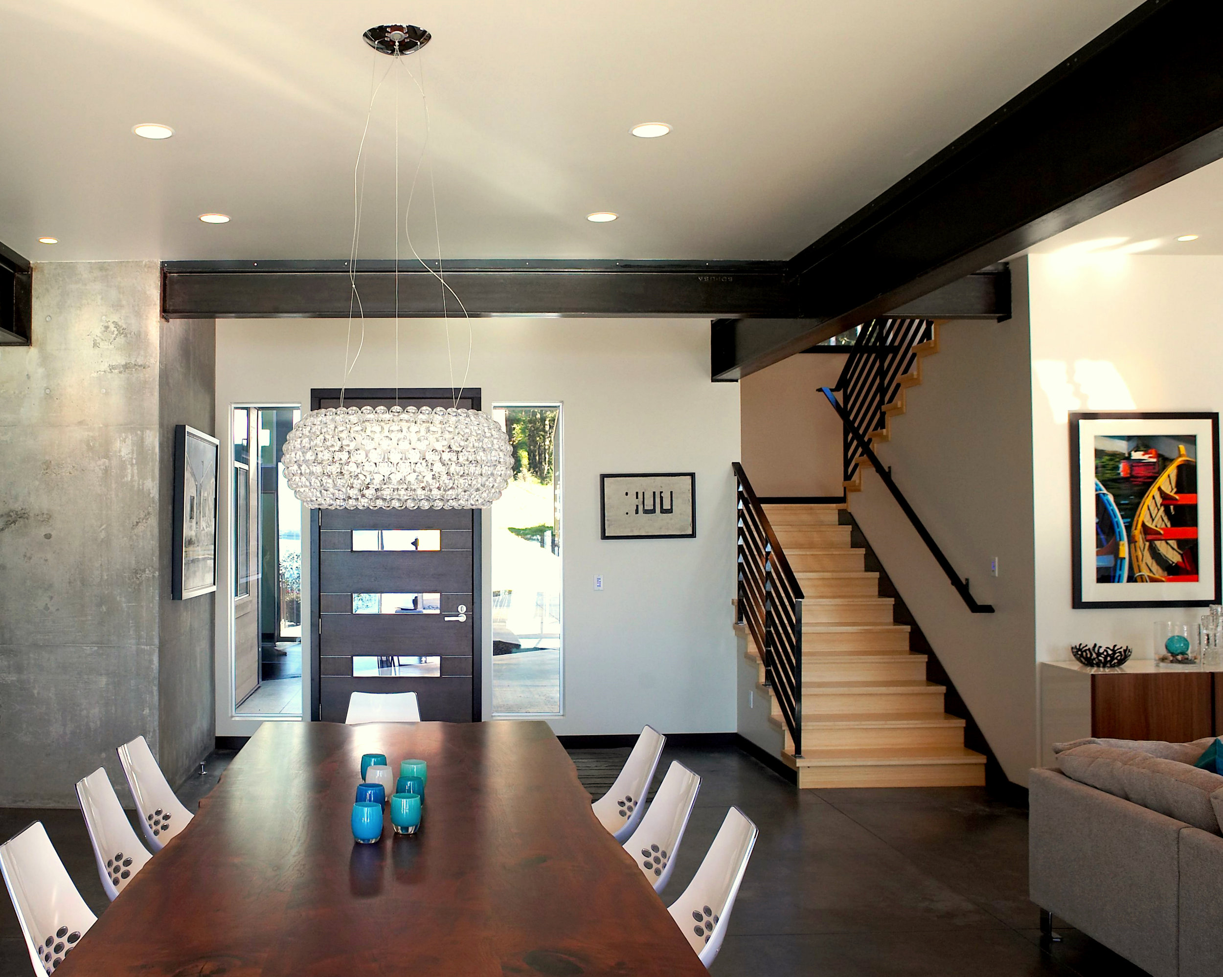 9dining and stair.jpg