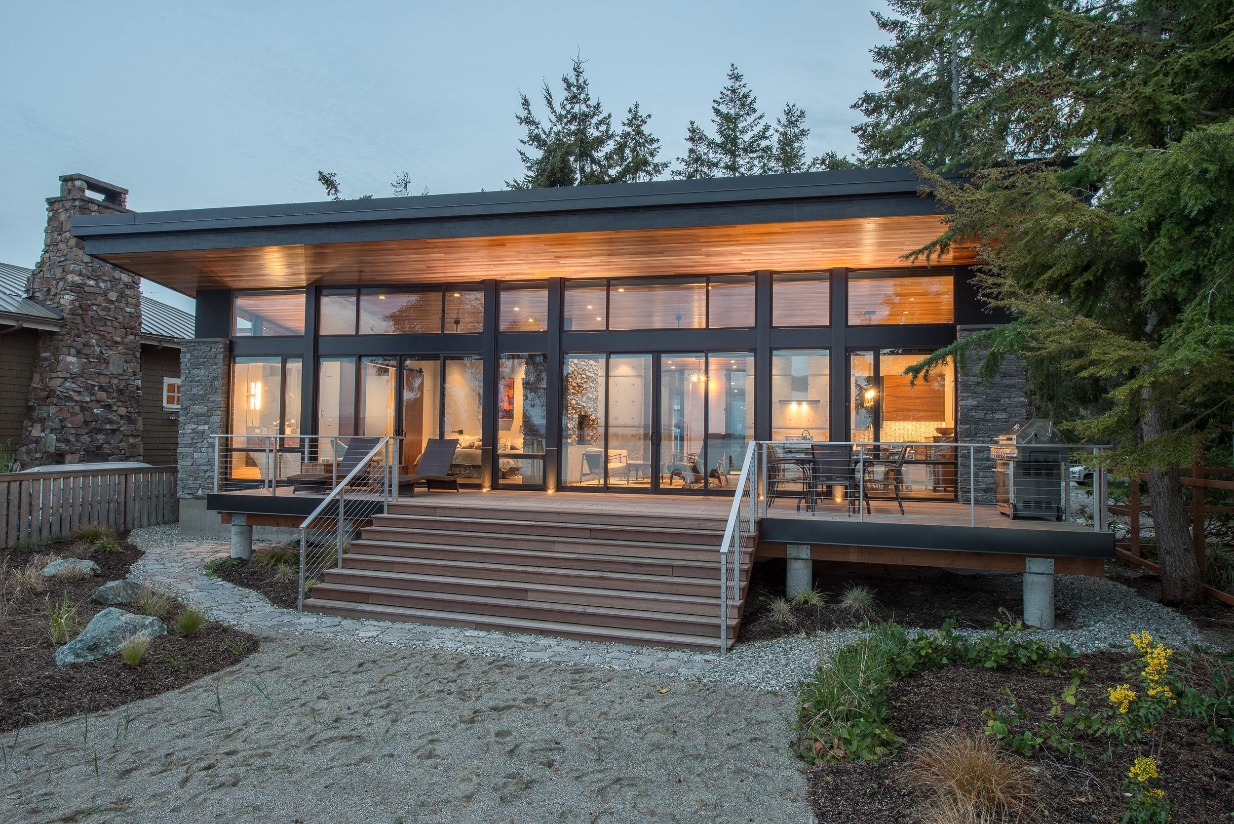 02 - Camano Beach Drive House 5000px - Swift Studio.jpg