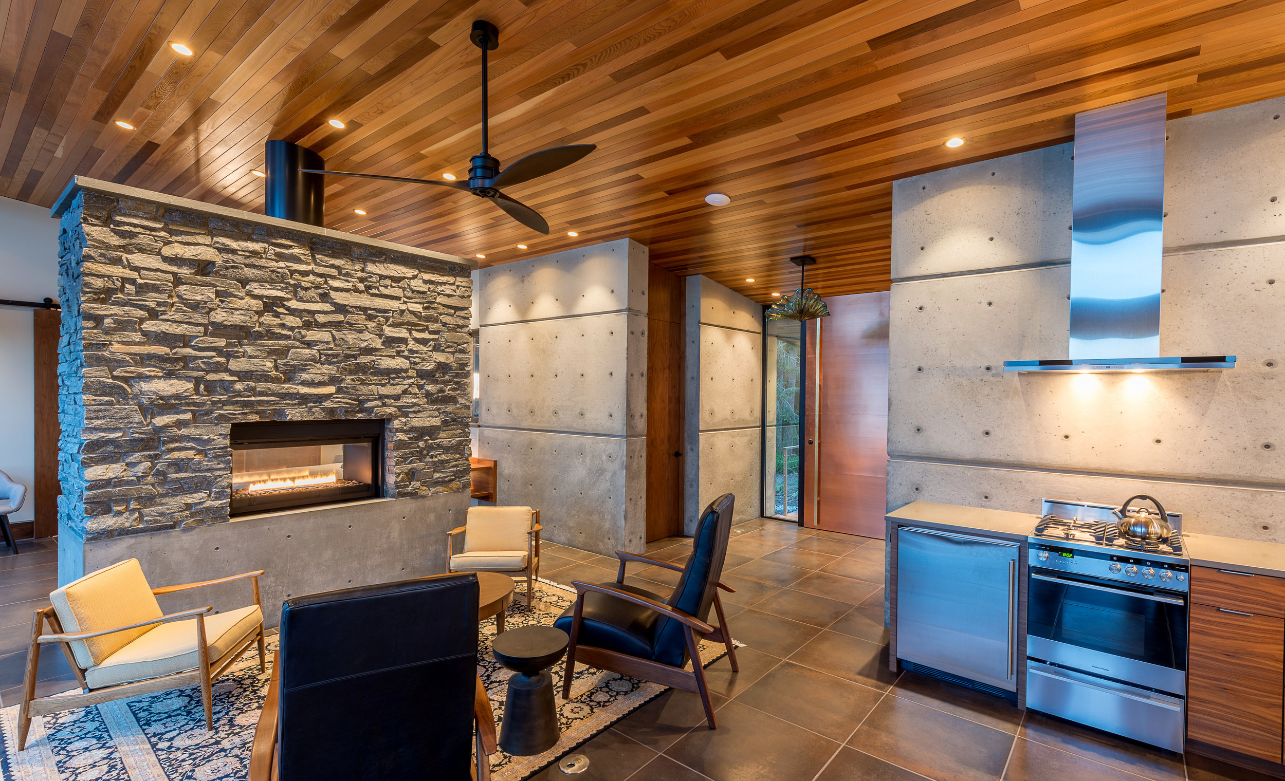 11- Camano Beach Drive House 5000px - Swift Studio.jpg