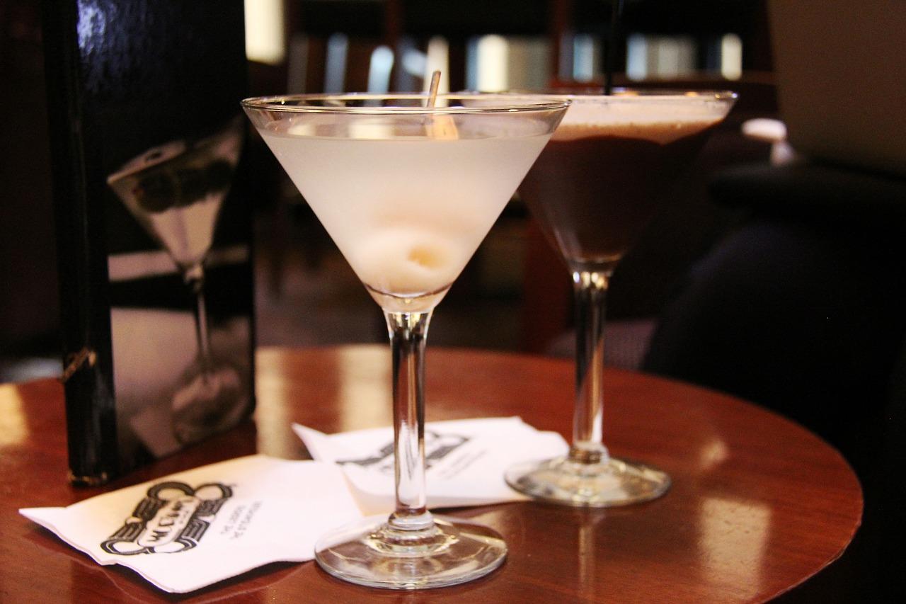 martini-623430_1280 (1).jpg