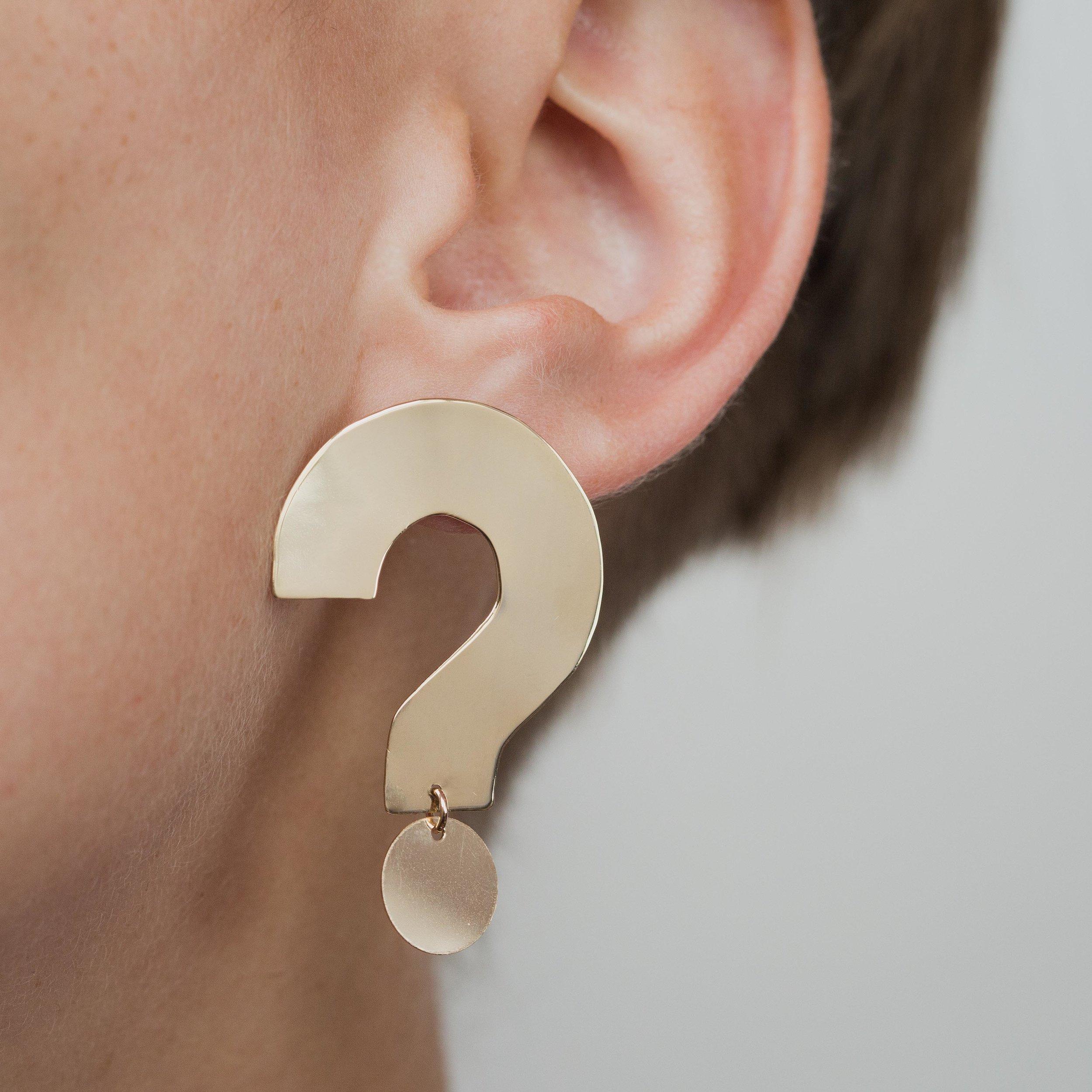 ONE SIX FIVE Q+A EARRING