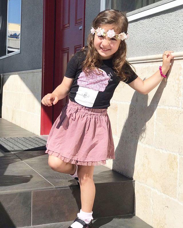 Sweetest girl in her Tovmali JLF Fleur tee 🎀