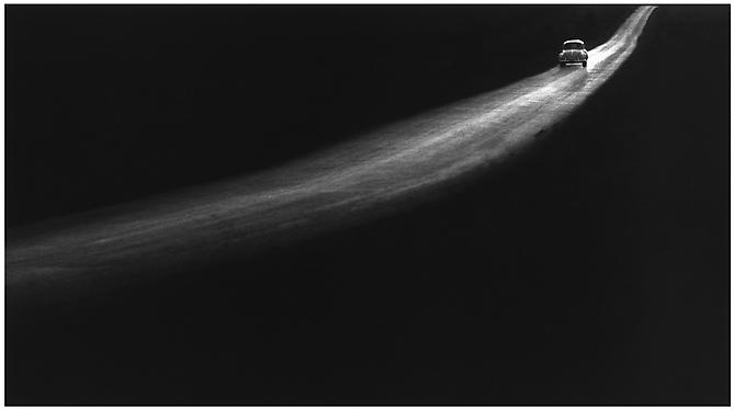 George tice, Country road, lancaster pennsylvania  1961. ©George Tice. Courtesy Peter Fetterman Gallery.