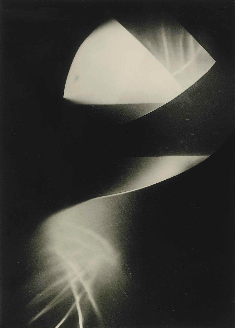 Laszlo Moholy-Nagy,  Sans titre (photogram) , 1923