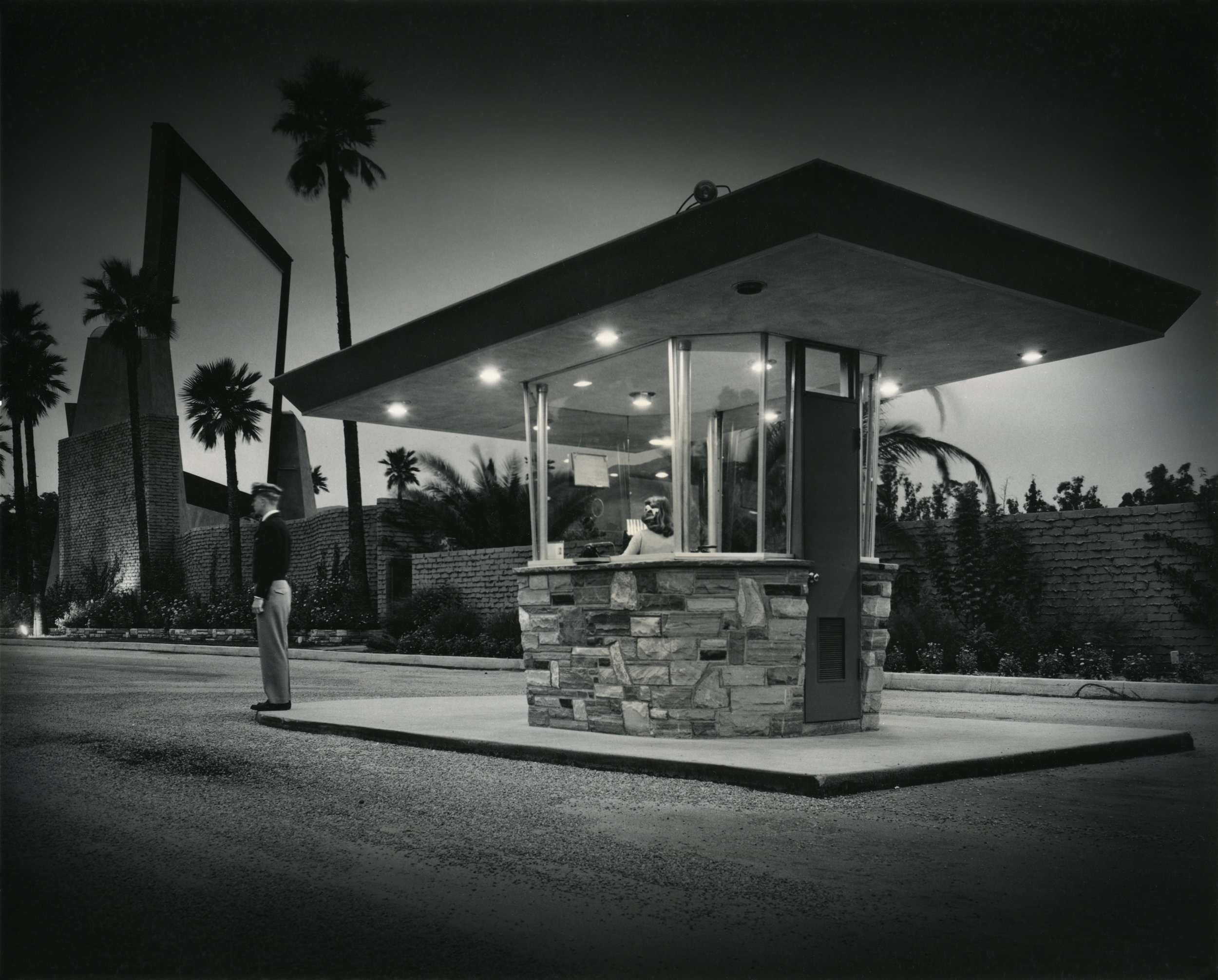 Julius Shulman, Rubidoux Drive-In, 1951, Gelatin silver print, 8 x 10 inches, Collection of Ruhnau Clarke Architects, © J. Paul Getty Trust. Getty Research Institute, Los Angeles.