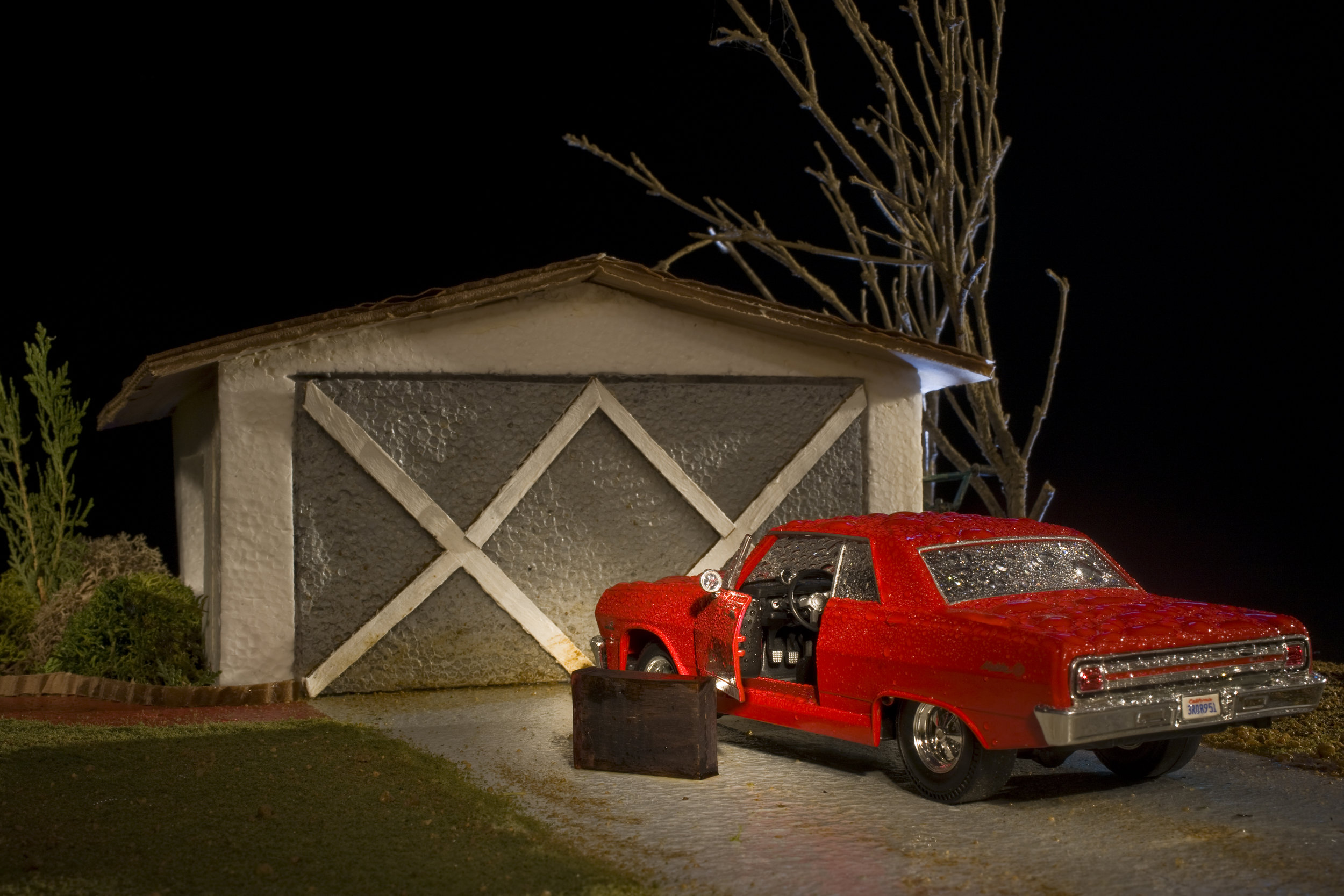 Tony Maher, The Day Dad Moved Out, 1986, from the series HiStory, 2010, Archival pigment print, 30 x 40 inches, Courtesy of the artist.