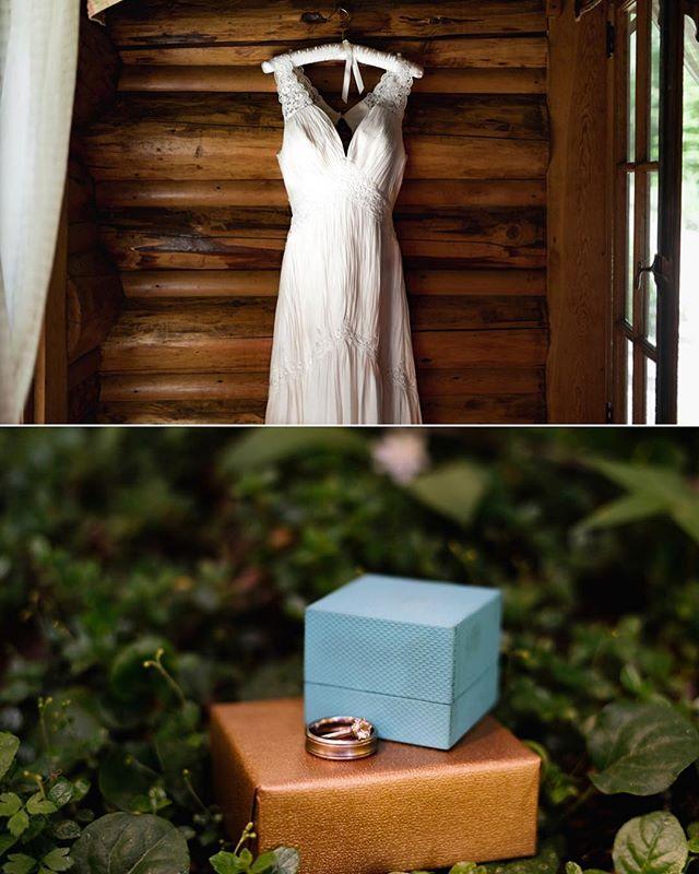 The still and quiet details before the ceremony and celebrations begin. #wedding #bendweddingphotographer #inbend #weddingdress