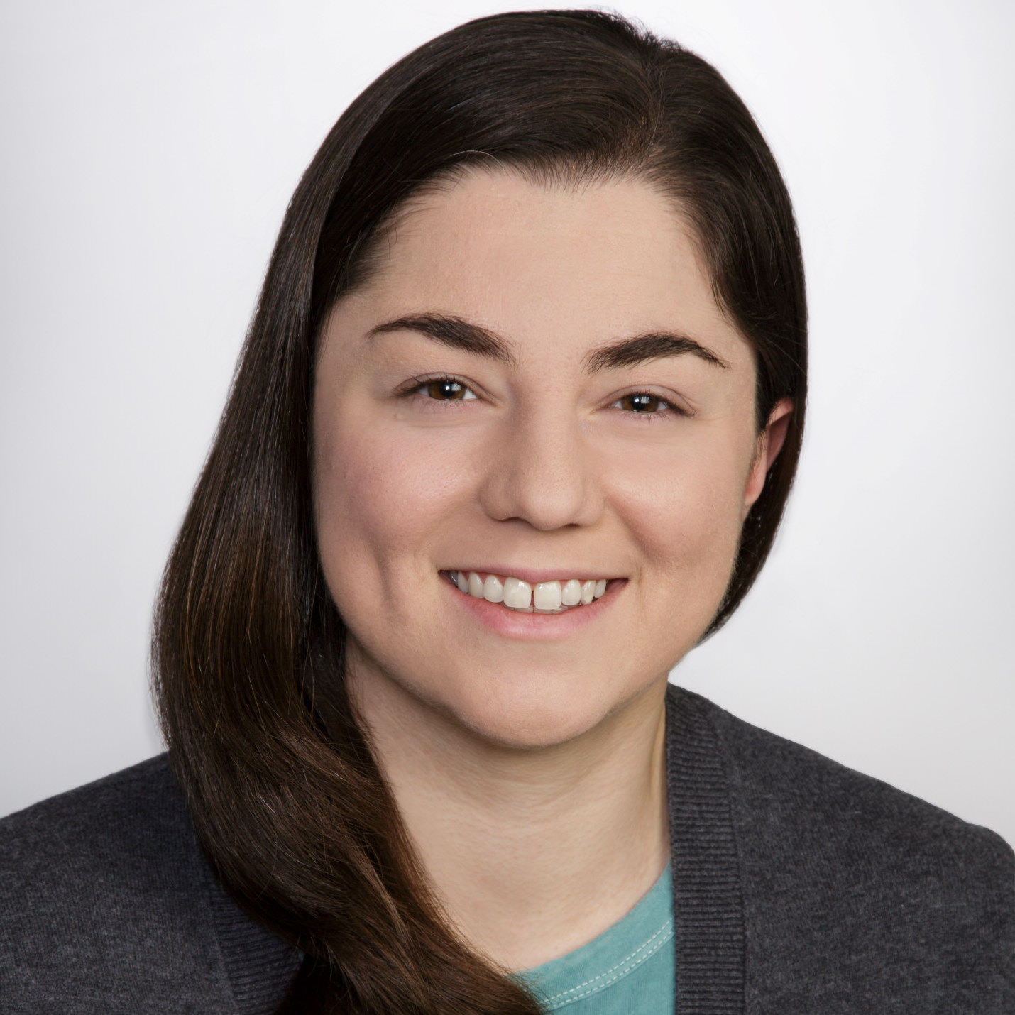 Melany Sponseller melanys@mit.edu  Melany is a PhD student in Electrical Engineering and a member of ONE Lab at MIT. Her current research focuses on the design, fabrication, and characterization of quantum dot solar cells. She received her BS and MS in electrical engineering from Stanford.