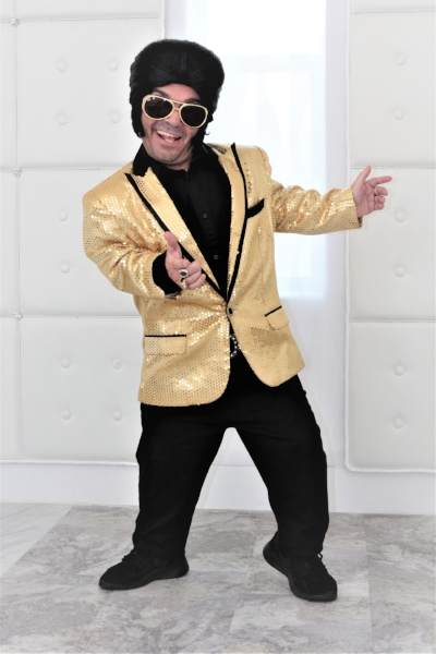 Mini Elvis Las Vegas Wedding
