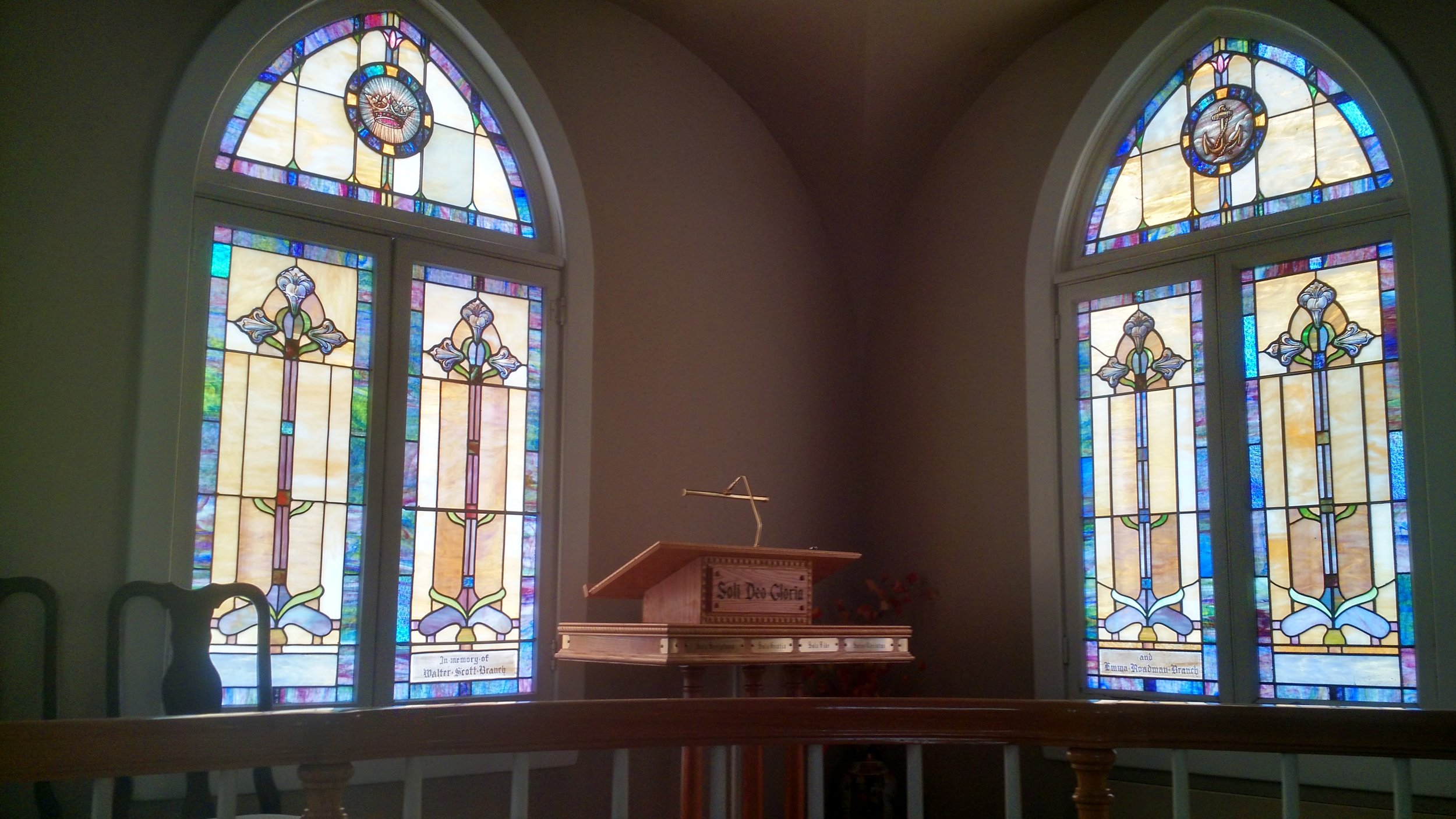 Stained glass window (2).jpg