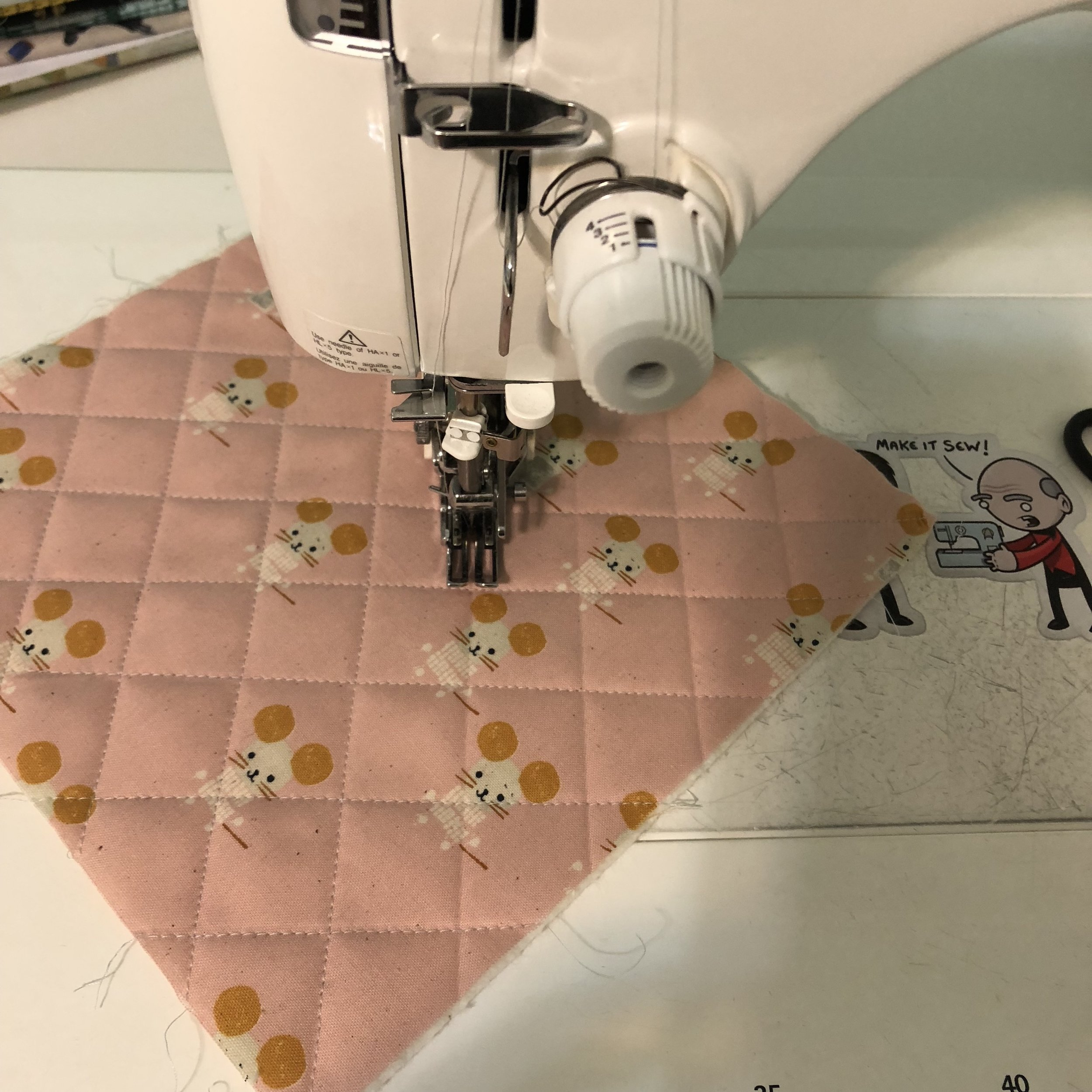 Crosshatch quilting on my domestic Juki