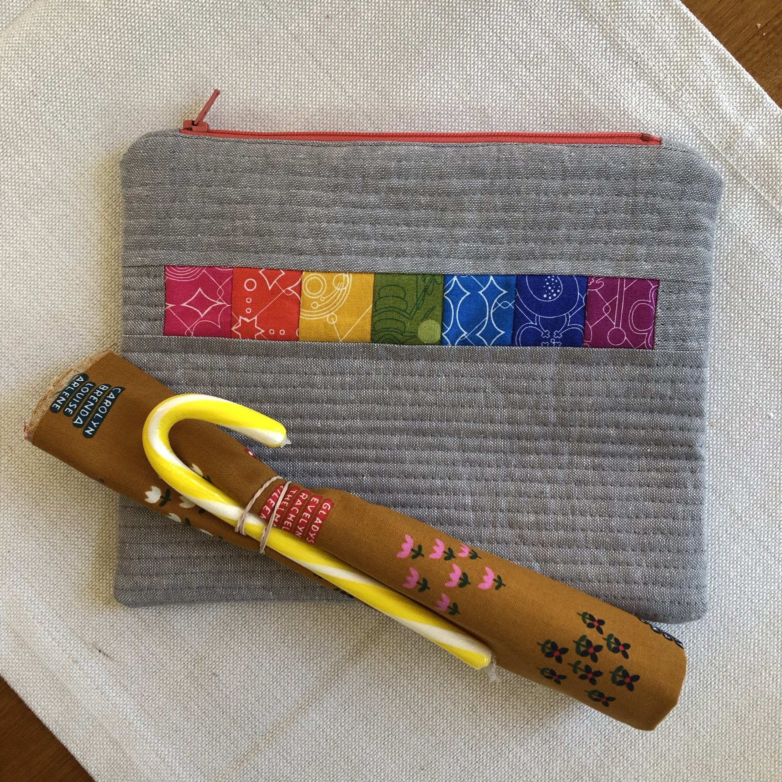 The lovely pouch made by Yanick
