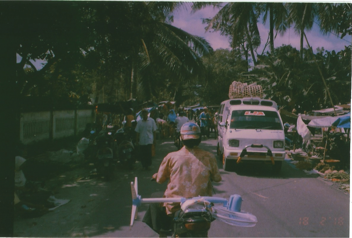 En route to the beach, on 10yr expired film courtesy of my late  Eyang  (Grandfather)