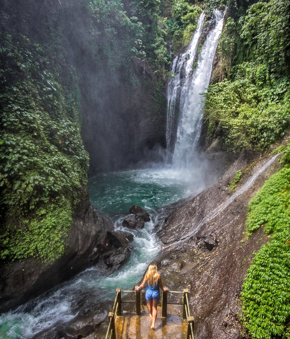 Aling-Aling-Waterfall-1.jpg