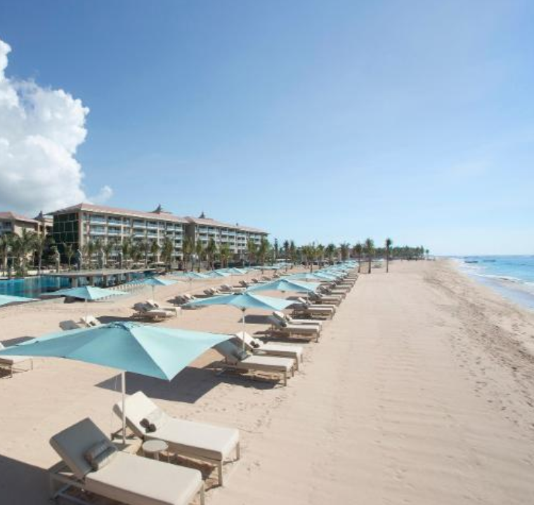 Nusa Dua Beach - Nusa Dua Beach has an incredible collection of world-class, international-chain hotels facing a pristine beachfront, along with its well known water sports for all ages.