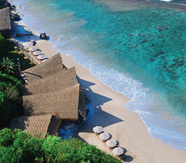 Sundays Beach Club - Sundays Beach Club in Uluwatu features the island's best selection of fun water-based activities, including restaurant, bar, music and bonfires at dusk.