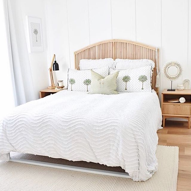 Such a gorgeous coastal bedroom via @mykindofbliss 😍 Happy Tuesday! ⠀ *⠀ *⠀ *⠀ *⠀ *⠀ #homestyle #housetour #interior123 #interior4you1 #interior4all #australianinteriors #beautifulhomes #onlyinterior #myhomestyle #ilovemyinterior #interiorinspo #interior2you #homestaging #apartmenttherapy #instahomes #instahome #interiorismo #interior125 #myhometrend #mynordicroom #hyggehome #homeadore #scandistyle #theworldofinteriors #interioroftheday #realhomesofinstagram #scandinavianstyle #scandihome #passion4interior