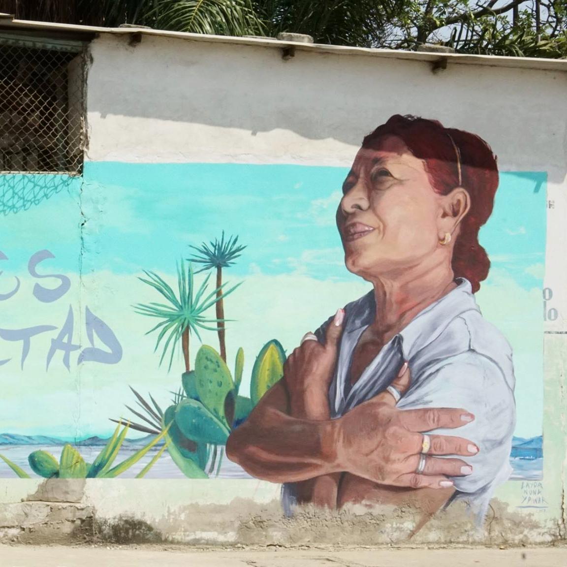 BAHÍA DE CARAQUEZ - Artistas internacionales, nacionales, y locales ayudan en los esfuerzos para reconstruir Bahía y para la lucha en contra de la violencia hacia la mujer creando una galería al aire libre de murales que no solo embellezcan las calles de Bahía, pero también cuenten historias de las mujeres que viven ahí, celebrar sus contribuciones a la sociedad y promover la igualdad de género.