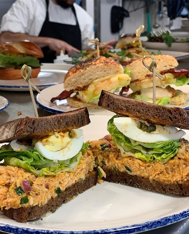 Current lunchtime situation at #mileenddeli. Who's hungry?? 🙋🏻♀️