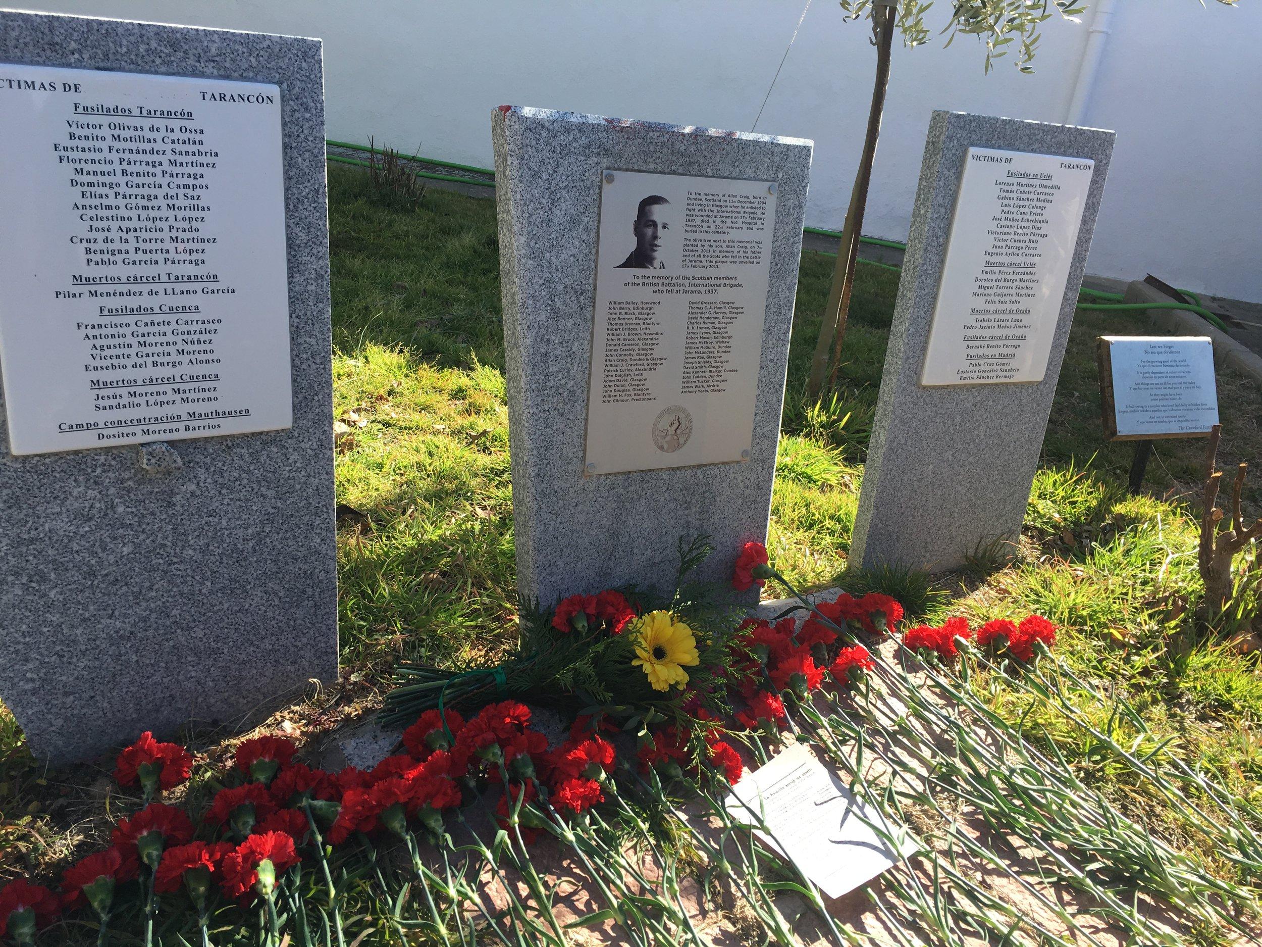 Memorial to Scottish International Brigade volunteers and Spanish Republican fighters in Taracon