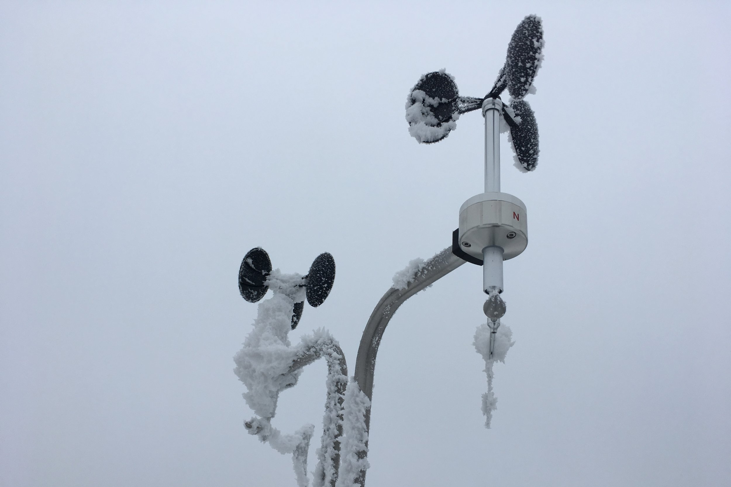 Heated Anemometer Icing Comparison BARANI DESIGN.JPG