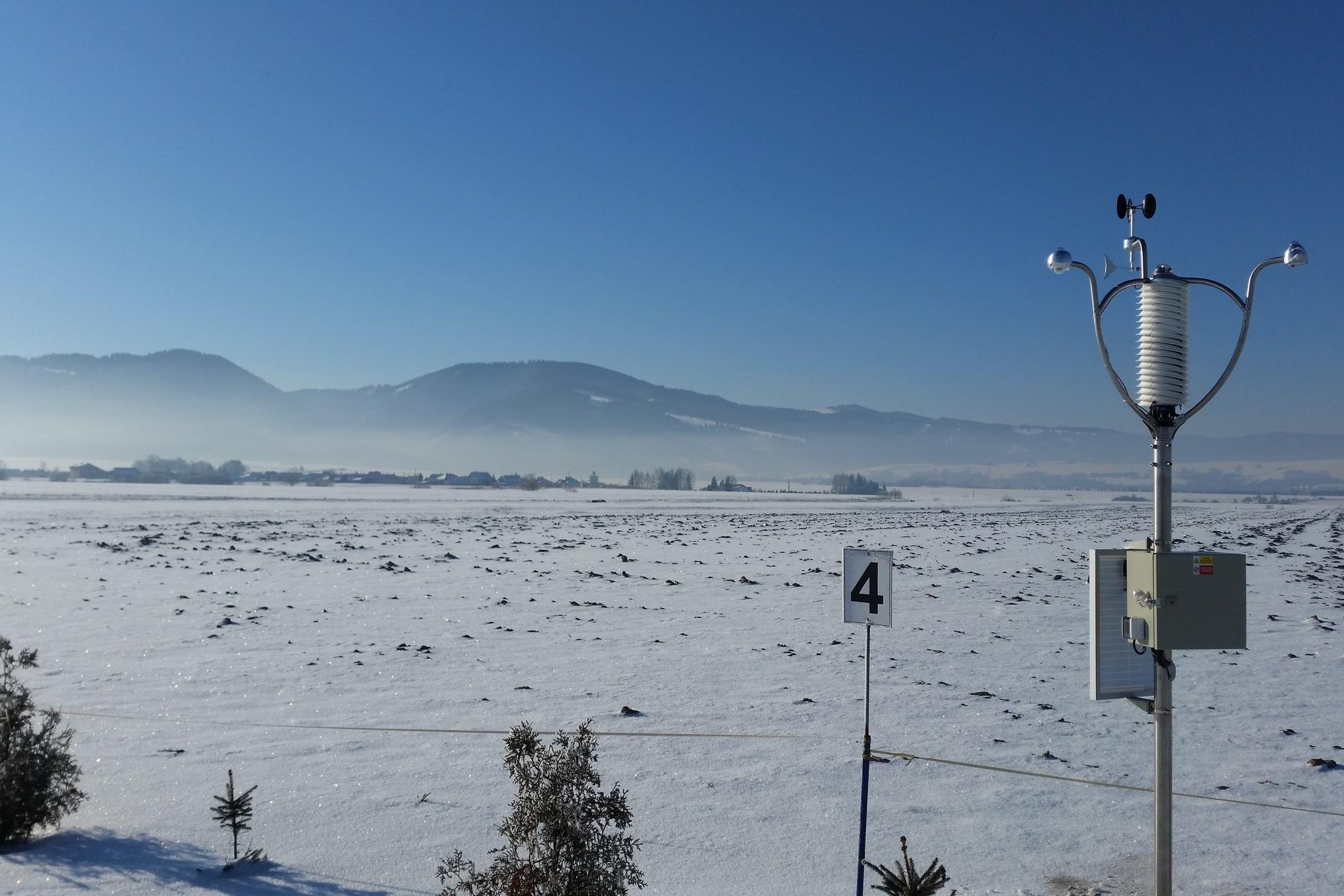 Winter AWS wireless weather station at International airport Aerodrome Jasna, Slovakia. ICAO code: LZJS http://www.letisko-jasna.sk/en/  (before installation of white fence)