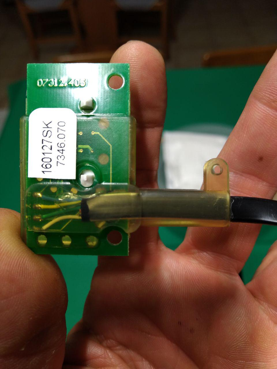 Davis temperature and humidity sensor back side