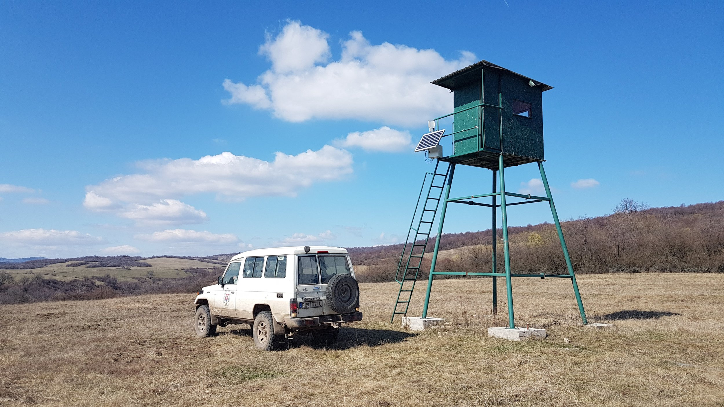 Sigfox Micro installation at a remote cattle ranch for cattle tracking and MeteoHelix weather station data. ( Photo by Andrej DobÁk  of SIMPLECELL NETWORKS SLOVAKIA, A.S..)