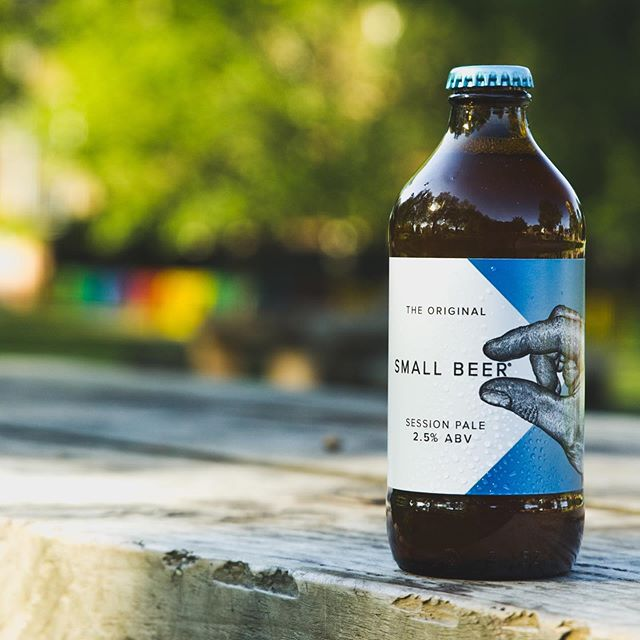 Looking forward to a big weekend with the family? Don't forget the beer! Our latest release, Session Pale, is available to order online @eebriauk 🍻 #thinkbigdrinksmall