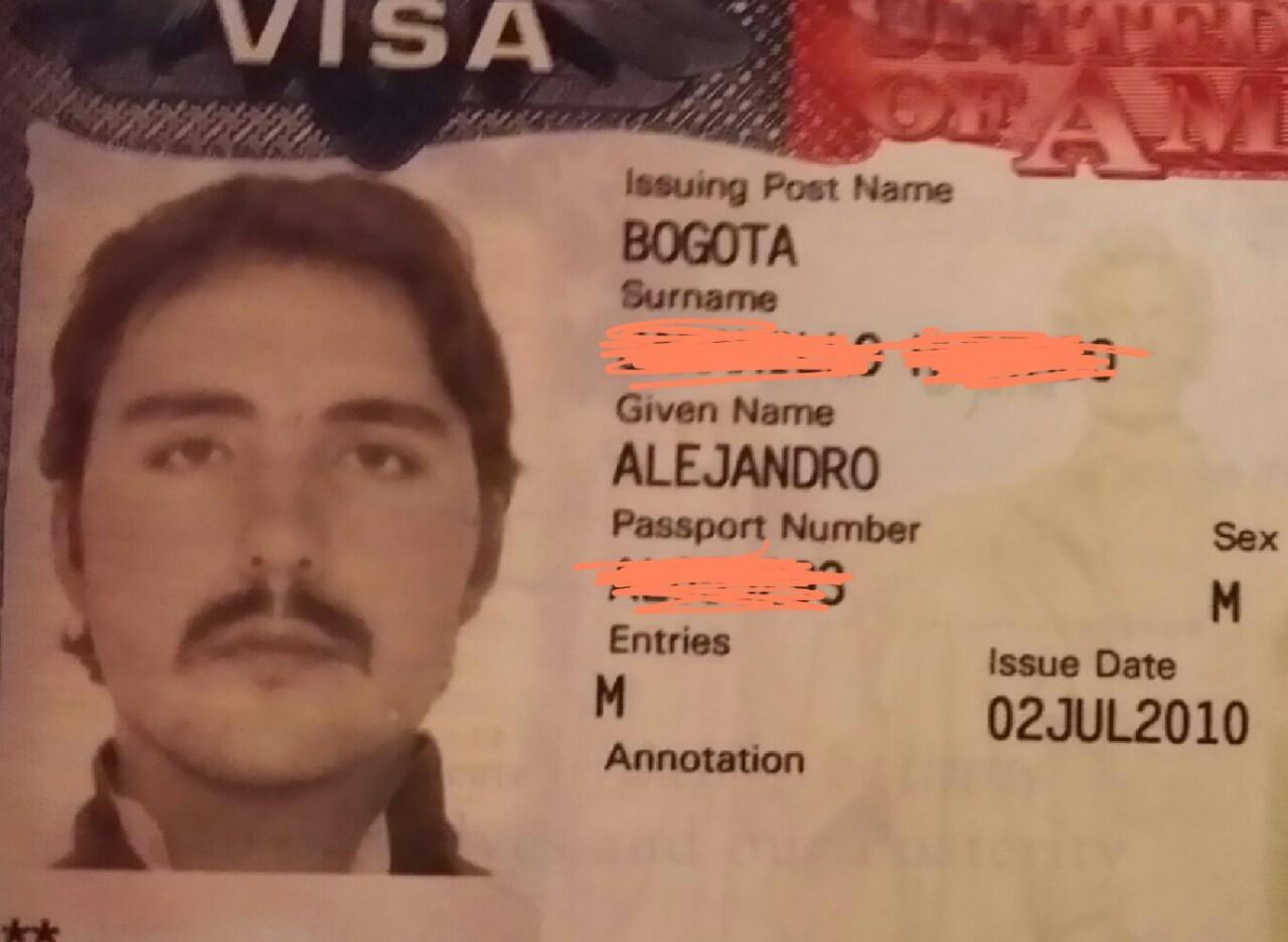 IZCANDER THE GREAT. Escobar's style…