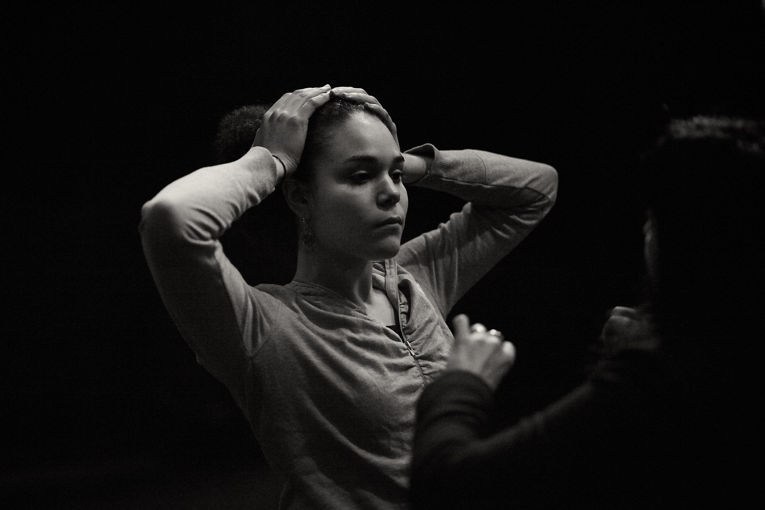 Sarah Ramin Osmundsen The Danger of Telling only one story Dramatikkens Hus Foto: Frederic Boudin