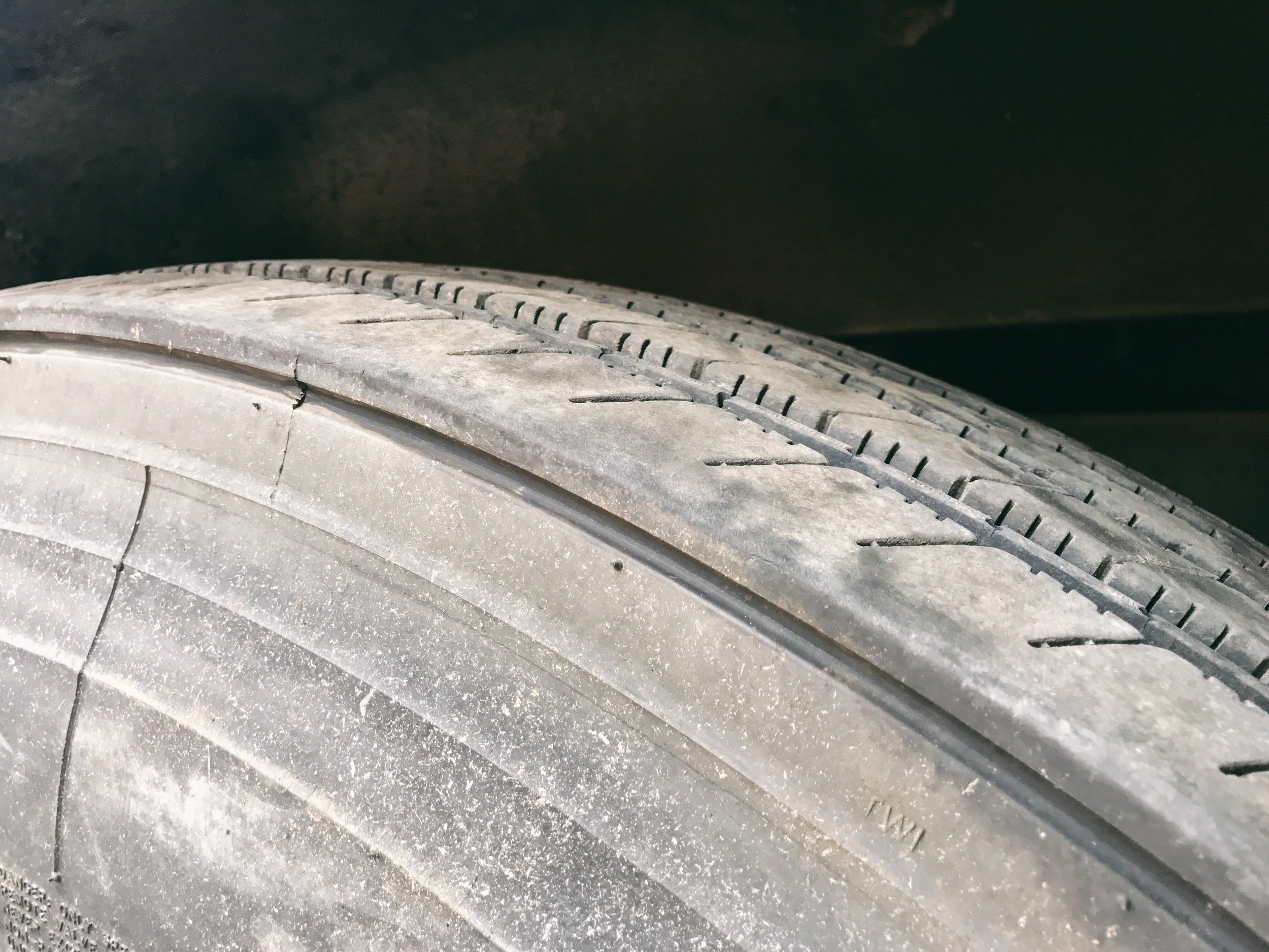 Great condition, re-treadable tires