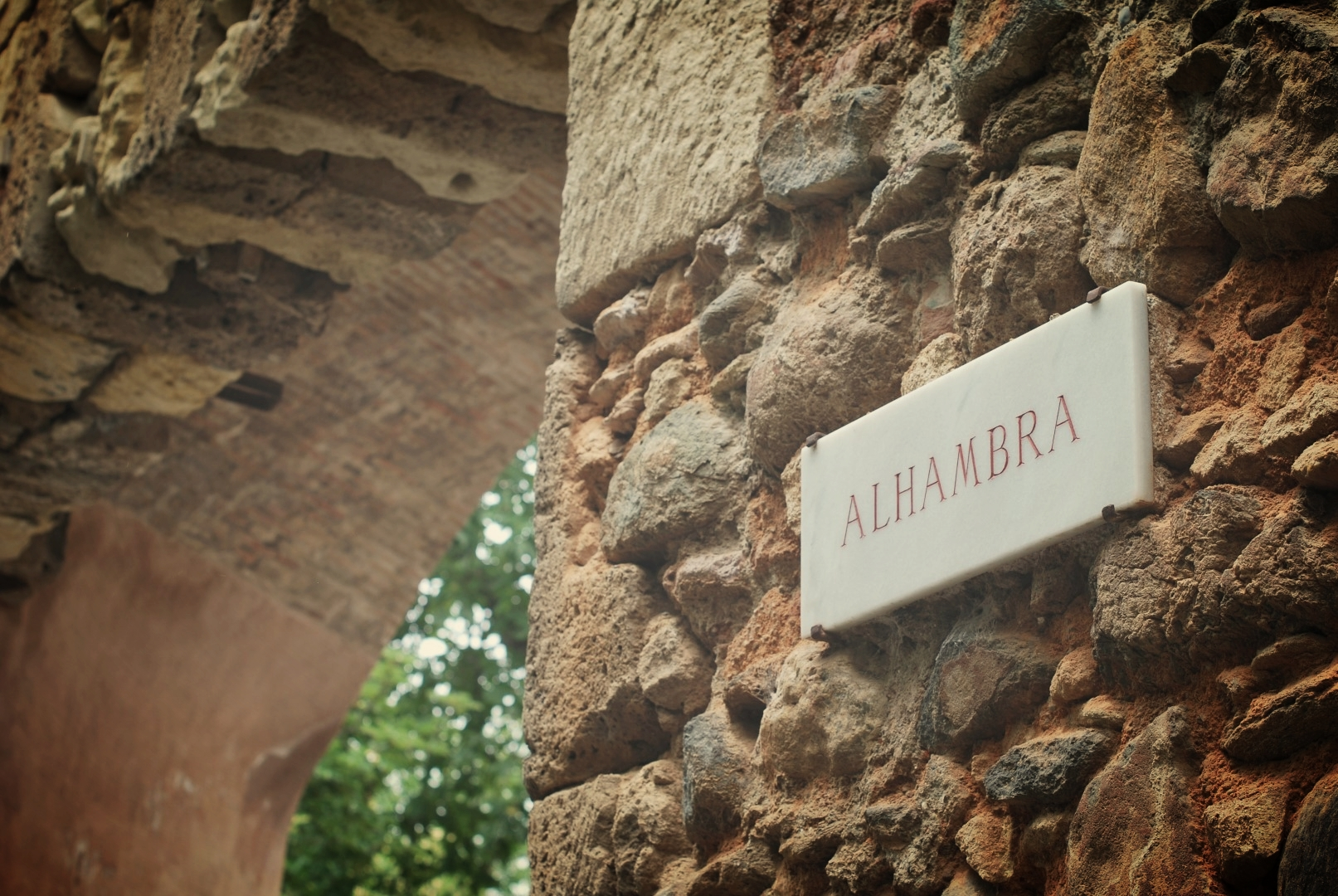 Alhambra Lugares de Interes Benahavis