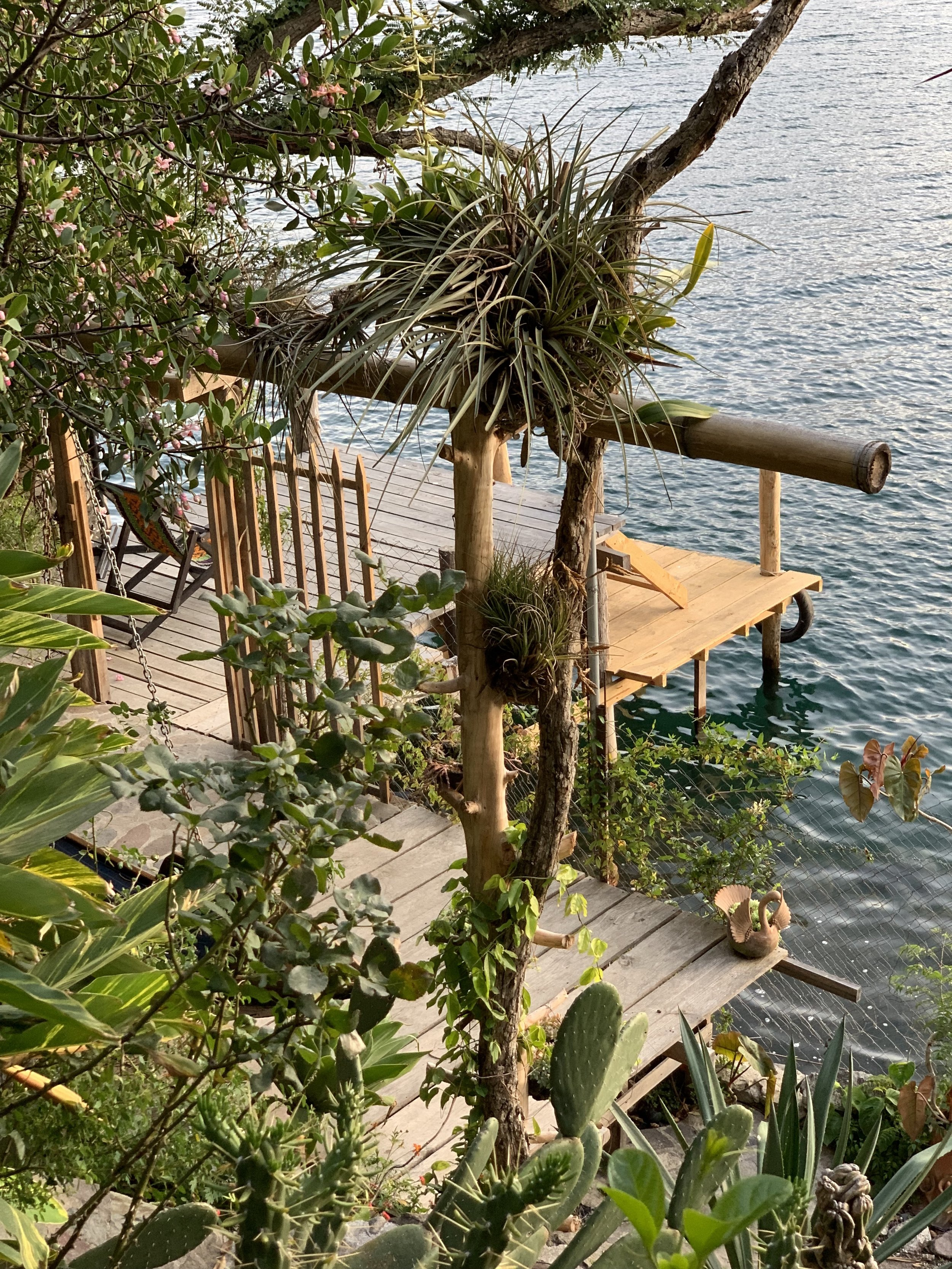 In Guatemala, Bliss by a Blue Lake - New York Times, December 26, 2004