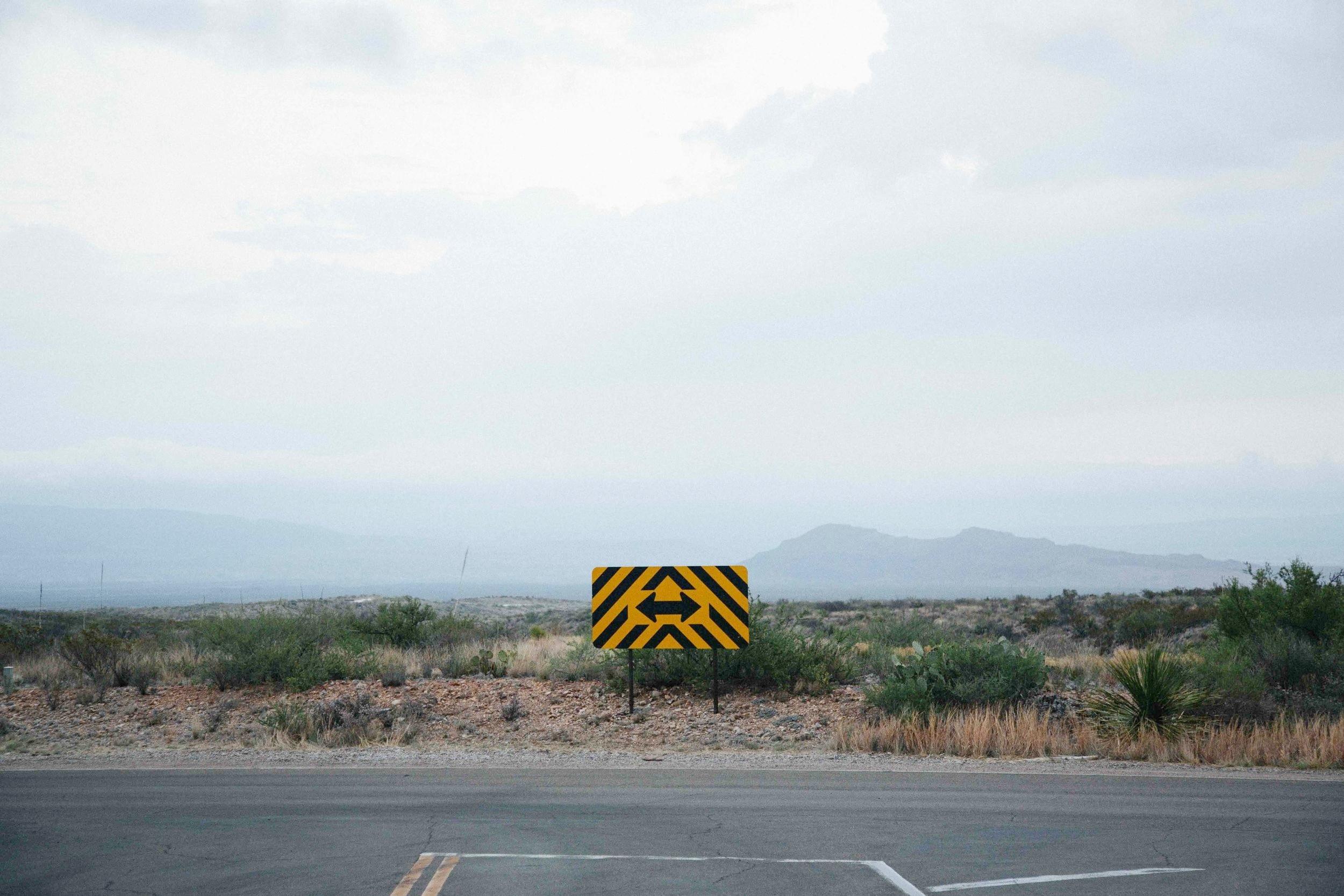 road-sign-arrows