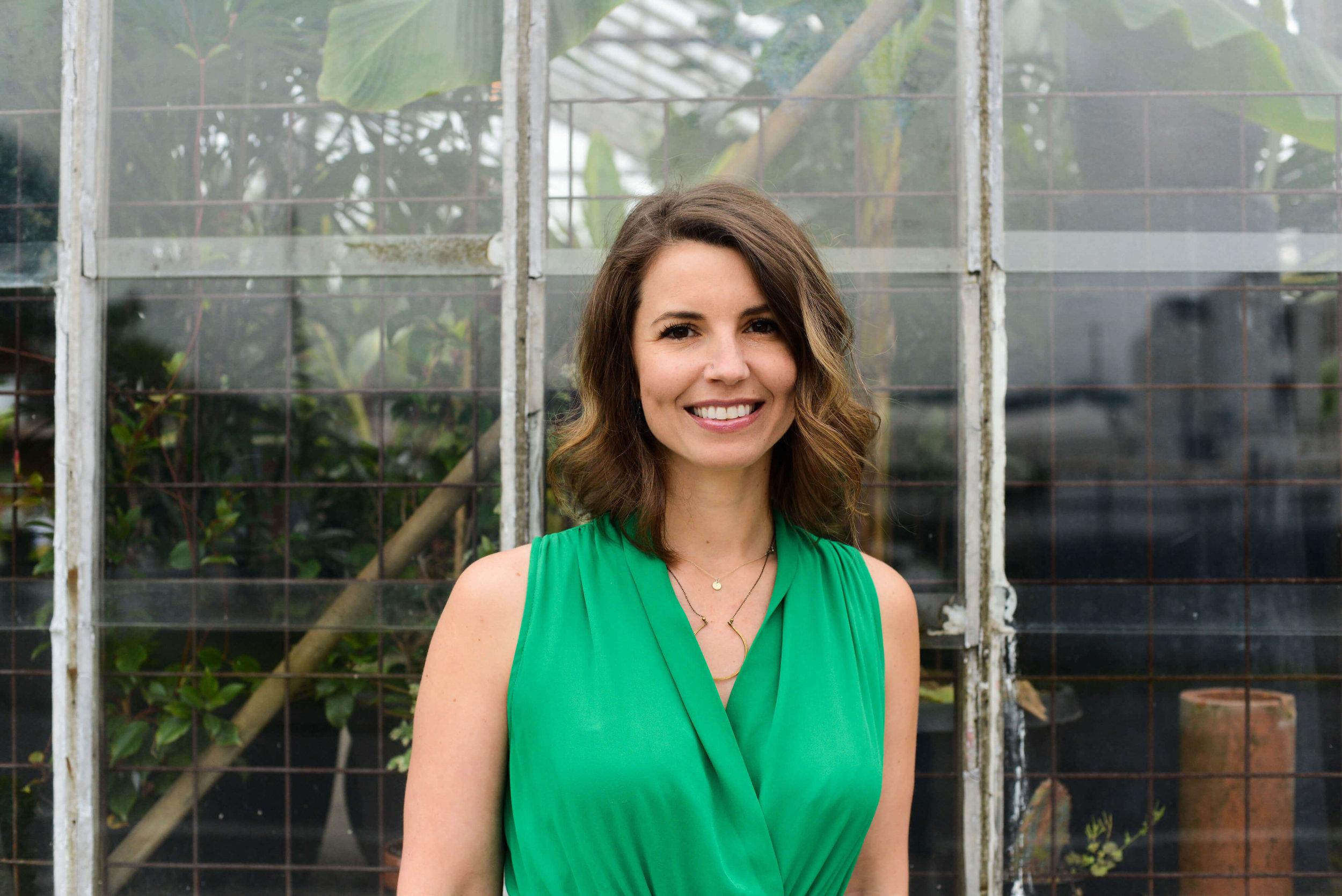 robyn-woodman-hatch-tribe-business-coach-female-entrepreneur