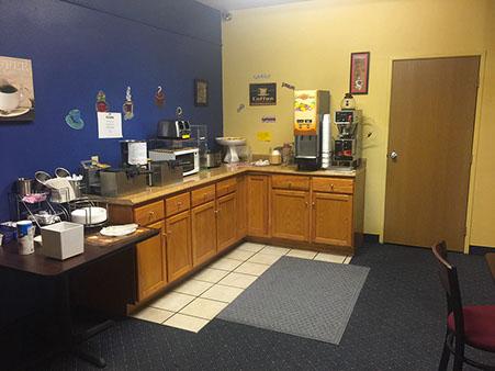 breakfast room451x339.jpg