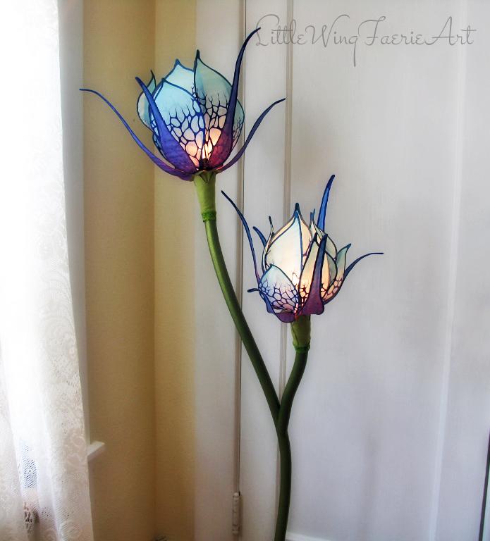 blue lily floor lamp4.JPG