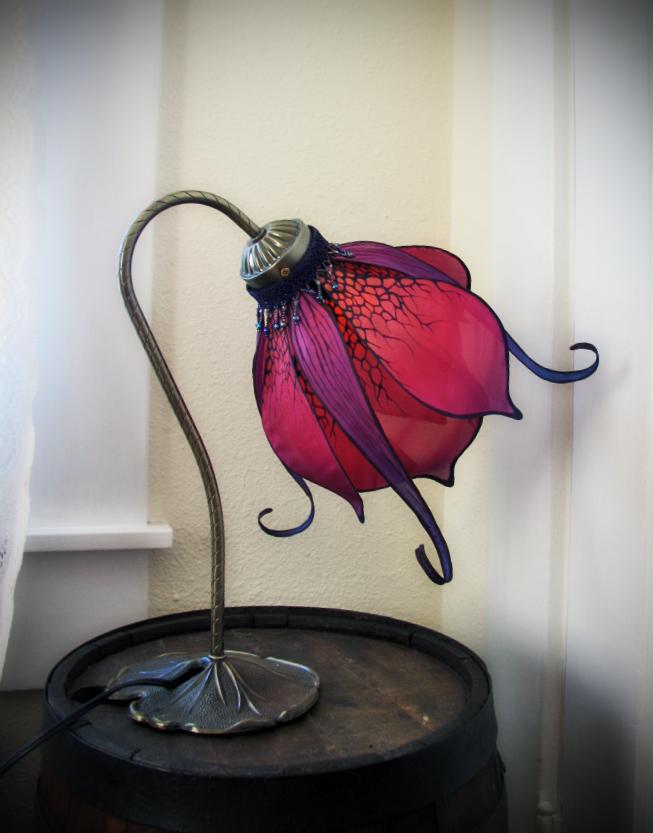 nouveau lily fuscia6.jpg