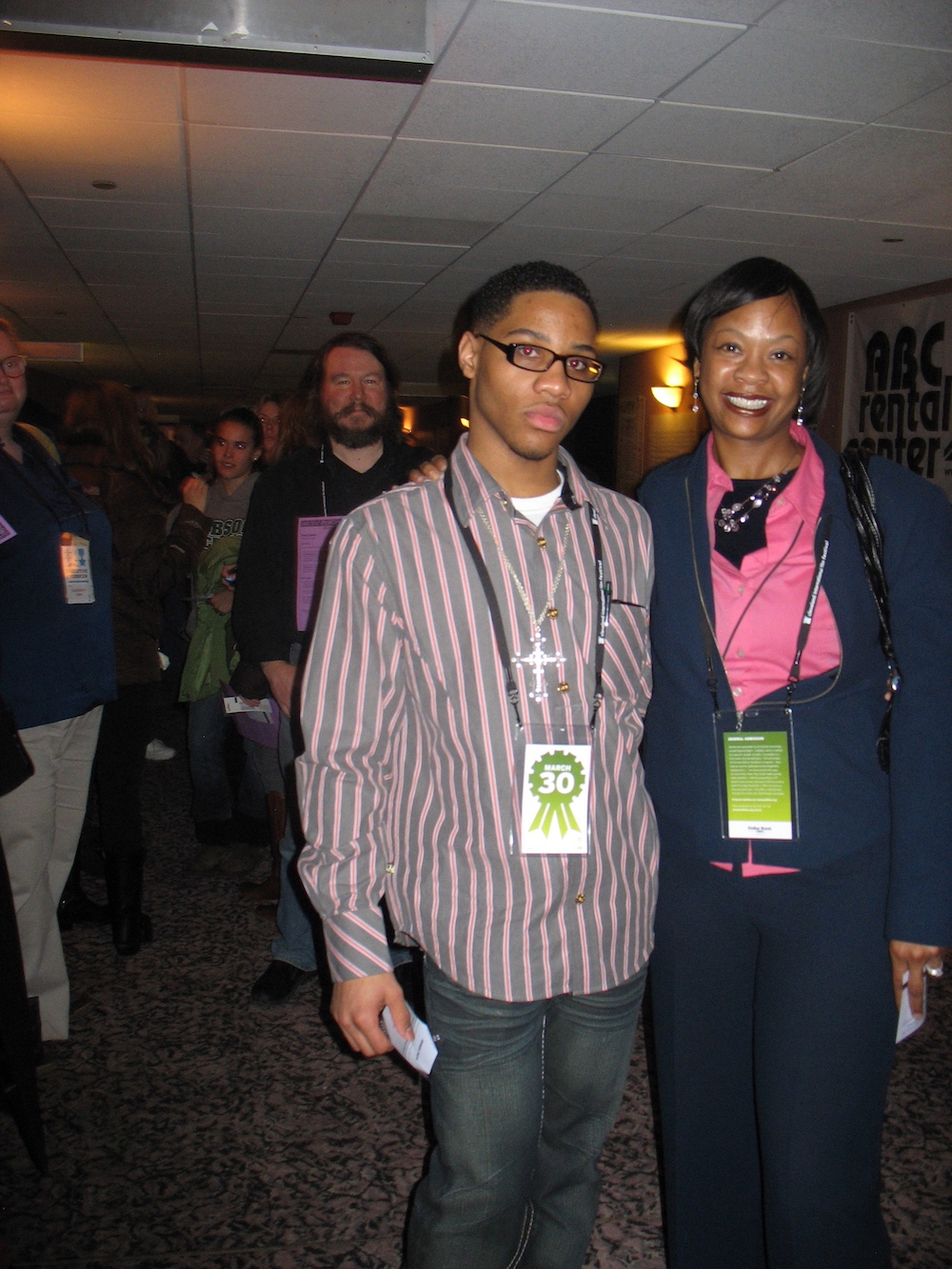 Tyree and Ms. Joyner - as the crowds line up