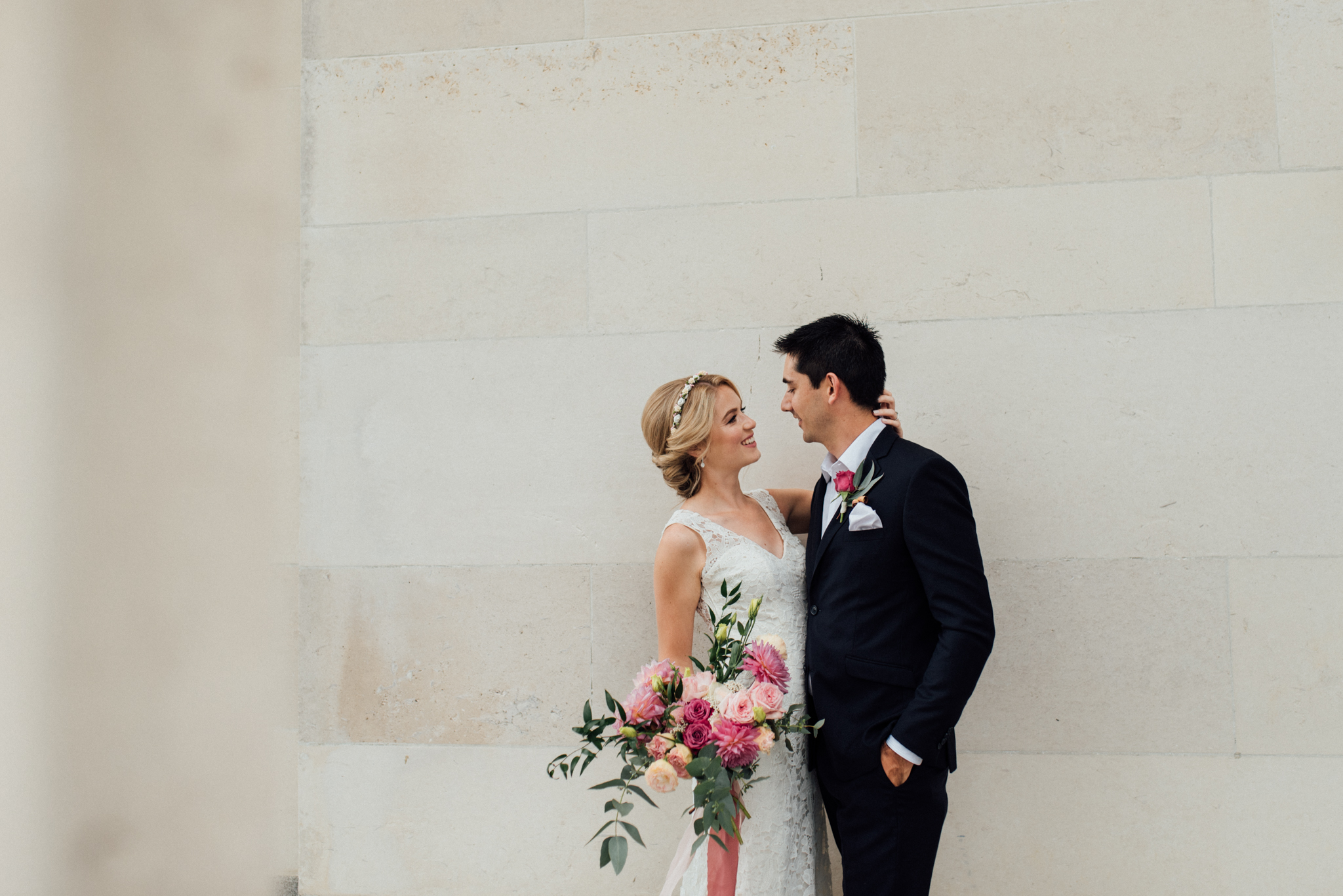 Classic package - 6 hoursPre-wedding consultationLocation scouting *where possibleHighlight slideshow400+ images // online gallery // beautiful USB$2800