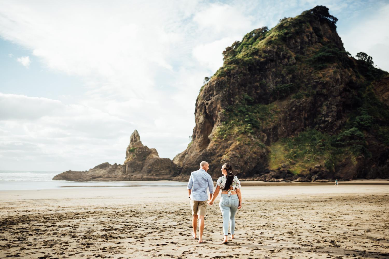 Willa and Michael Piha beach (1 of 35).jpg