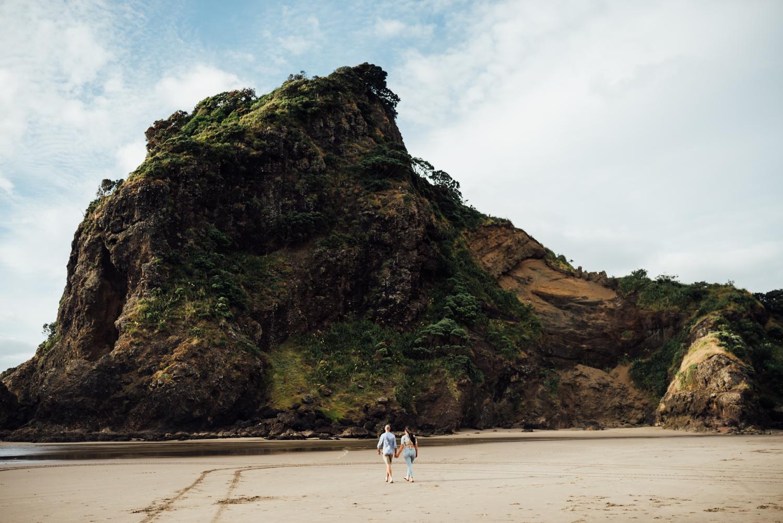 Willa and Michael Piha beach (2 of 35).jpg