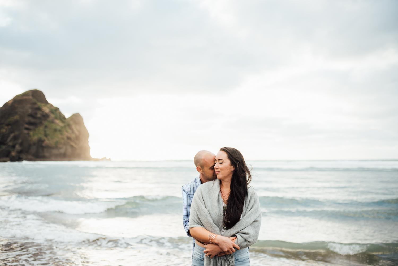 Willa and Michael Piha beach (24 of 35).jpg