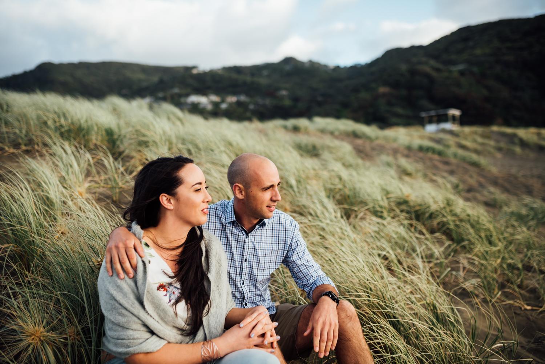Willa and Michael Piha beach (28 of 35).jpg