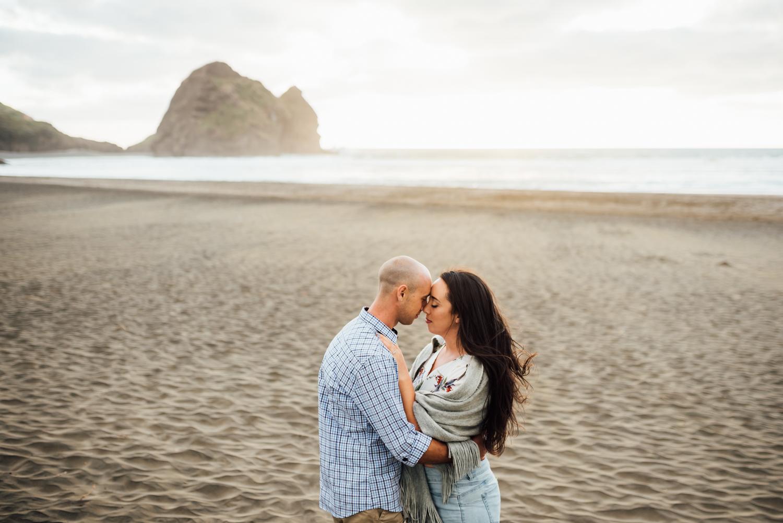 Willa and Michael Piha beach (33 of 35).jpg