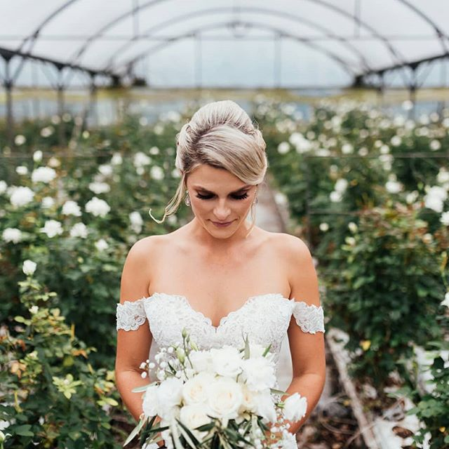 I seriously don't know what I loved most about this dress-the front, the back, or that amazing train! Add in some swoon worthy hair, makeup, and florals, plus an epic undercover venue and I'm dying!! @bridalbrilliance @debbiedelgadocosmetics @wonder_florals . . #wedding #Wedo #inlove #bride #nzphotographer #nzphotogs #lookslikefilm #whiteroses #weddingbouquet #hellomay #nzweddings #weddingphotographer #christchurchphotographer