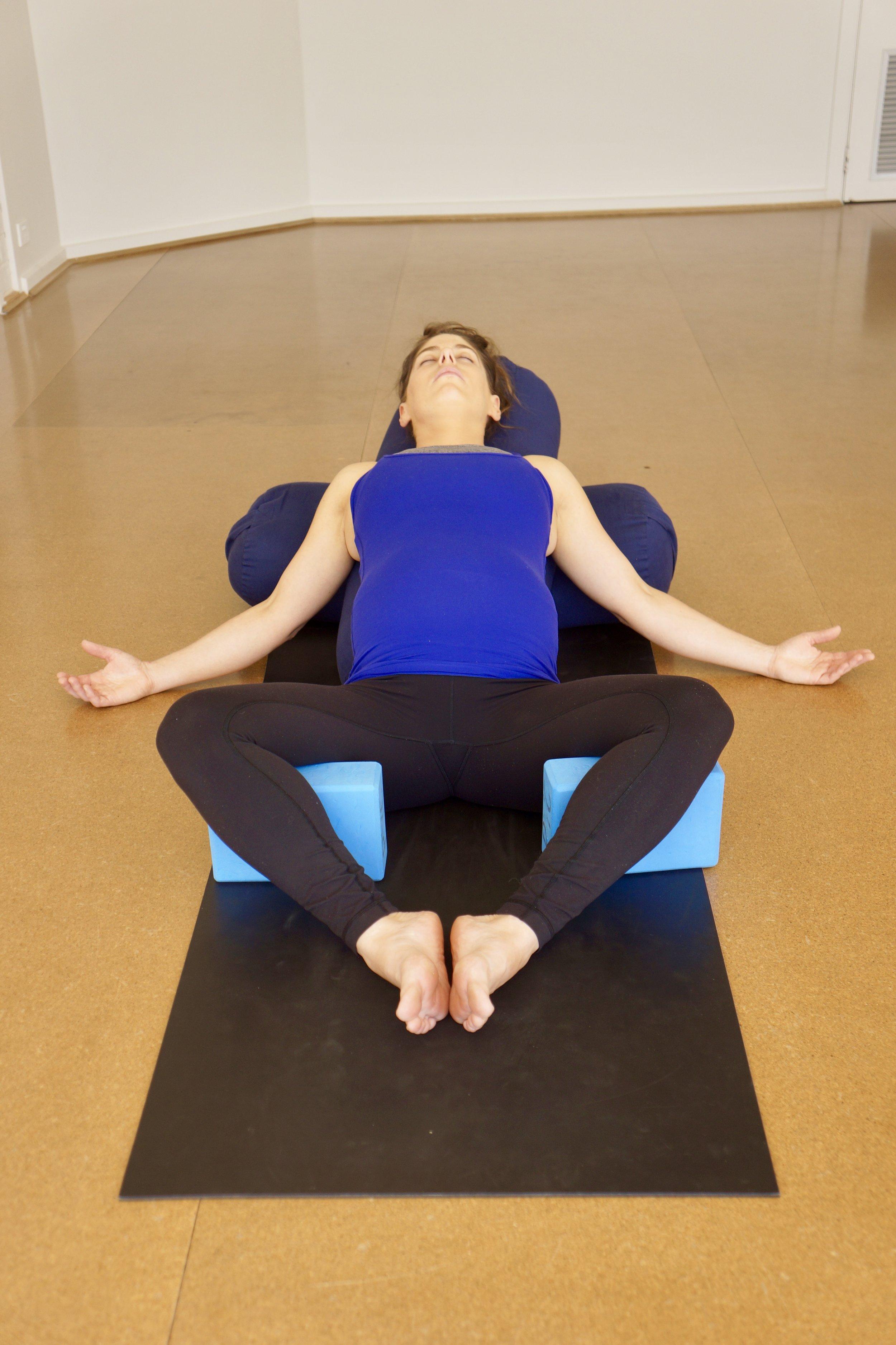 Arm chair pose