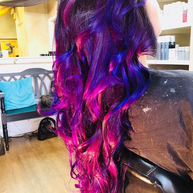 Amazing Pravana color, no filter! #oilspill #beauty #nmsalon #andrewscottsalon #Pravana #abqhair #abqhairstylist #haircolor